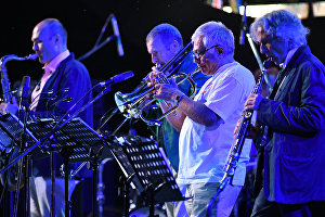 Yakov Okun International Band